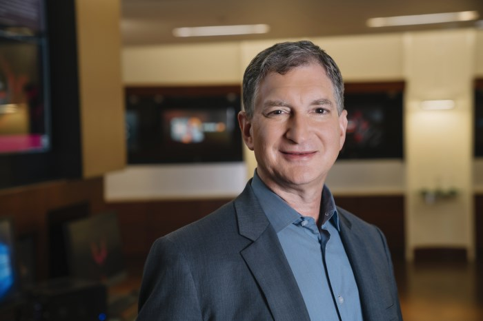 Mark D. Papermaster, insider at Advanced Micro Devices
