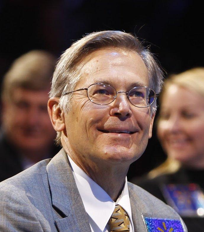 Jim C. Walton, insider at Walmart