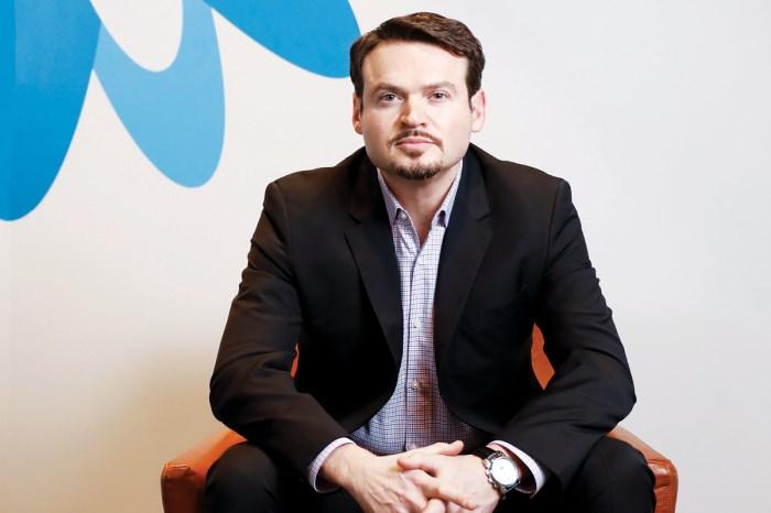 Robert Bernshteyn, insider at Coupa Software