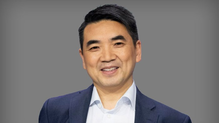 Eric S. Yuan, insider at Zoom Video Communications